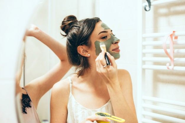 Mascarilla de pepino y perejil para eliminar manchas y tener un aspecto más saludable en el rostro