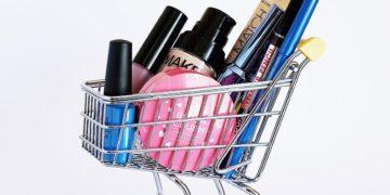 ¿Por qué no debes comprar maquillaje probado en animales? Tips para elegir marcas cruelty free