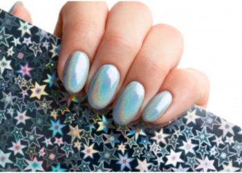 Ice nails, una tendencia de uñas fabulosa para las amantes del brillo