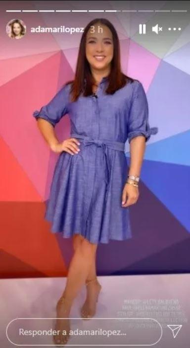 La actriz y conductora Adamari López luce un hermoso vestido de mezclilla
