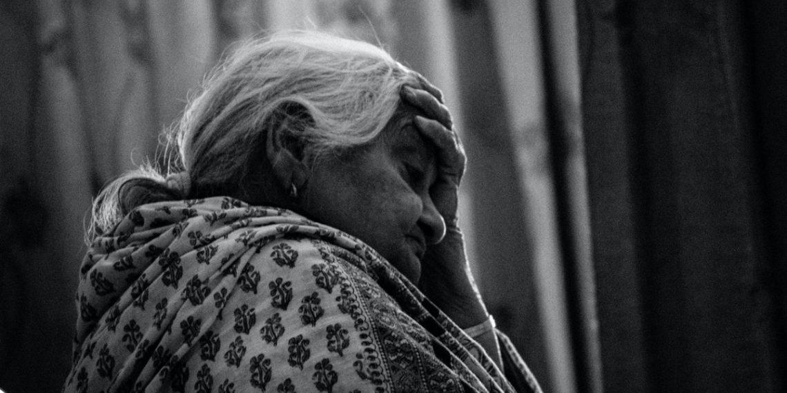 """""""La soledad es la nueva pandemia"""": estudio revela pérdida de capacidades físicas por el aislamiento"""
