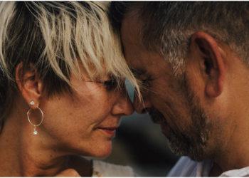 ¿Hay espacio para la intimidad después de la menopausia?