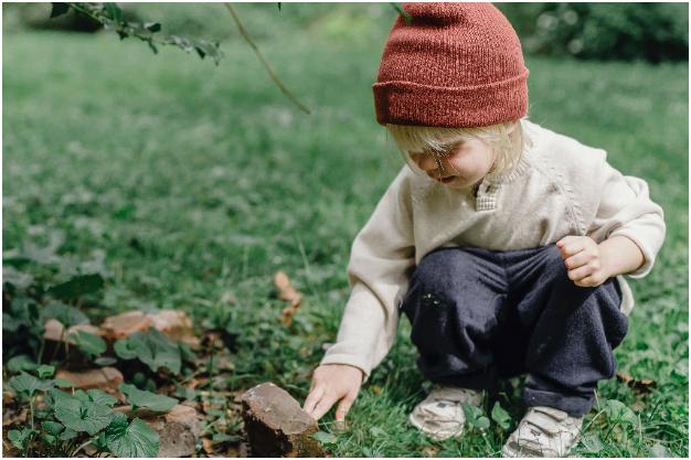 Qué haces tú si ves a tus hijos comer gusanos a escondidas