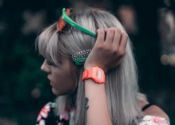 Smoke hair: la mejor opción para lucir tus canas sin verte vieja
