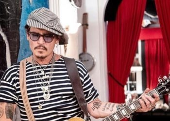 Papá 'cool': ¿Copiarías el estilo de crianza de Johnny Depp?