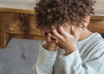 ¿Qué hacer cuando a tu hijo le hacen 'bullying'? Especialistas responden