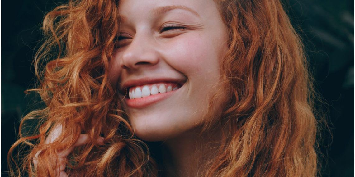 Rust red, el cobrizo que está trendy para el verano y ya luce Gigi Hadid