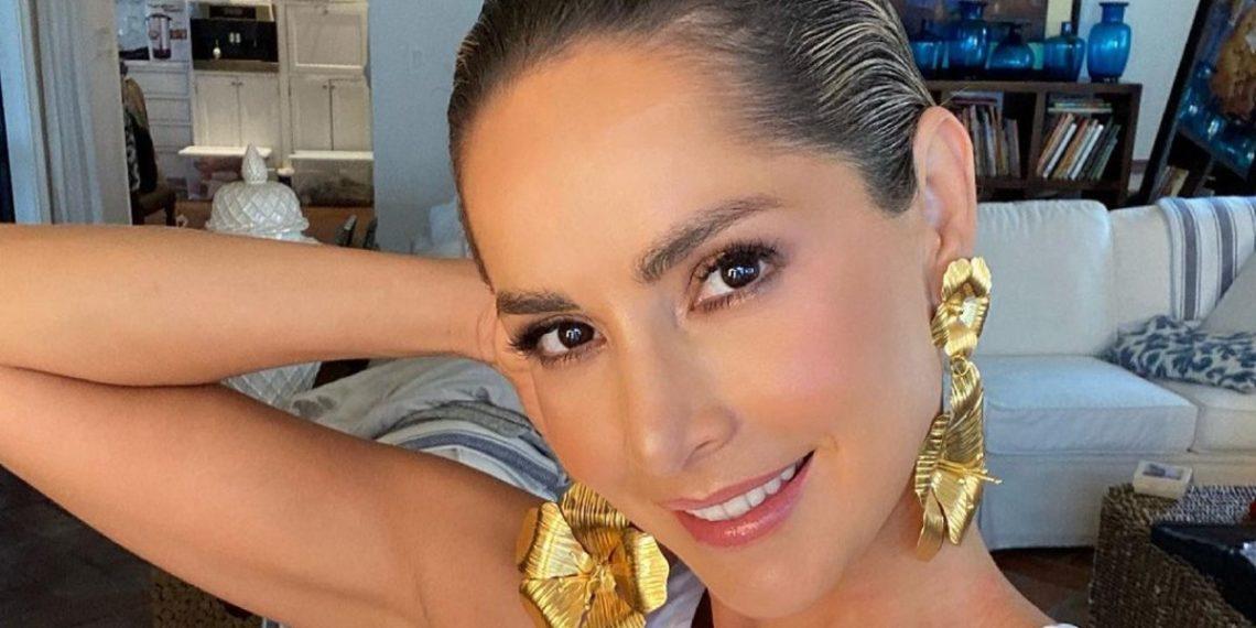 ¿Le suma años? Fans debaten si el rubio de Carmen Villalobos le aumenta la edad
