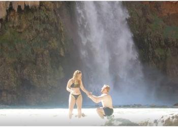 Hombre propone matrimonio en una cascada y pierde el anillo de compromiso