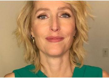 Gillian Anderson confesó que no va a volver a usar brasier
