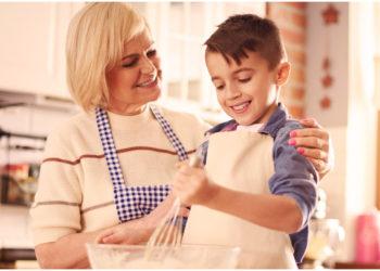 Madre divertida le prepara a su hijo comida con figuras y el resultado es increíble