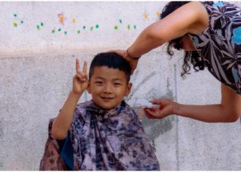Niño peluquero de 6 años enamora en Internet. Foto: Unsplash