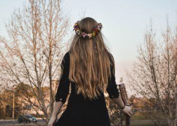 ¿Original o tenebrosa? Novia usó vestido y velo negro el día de su boda