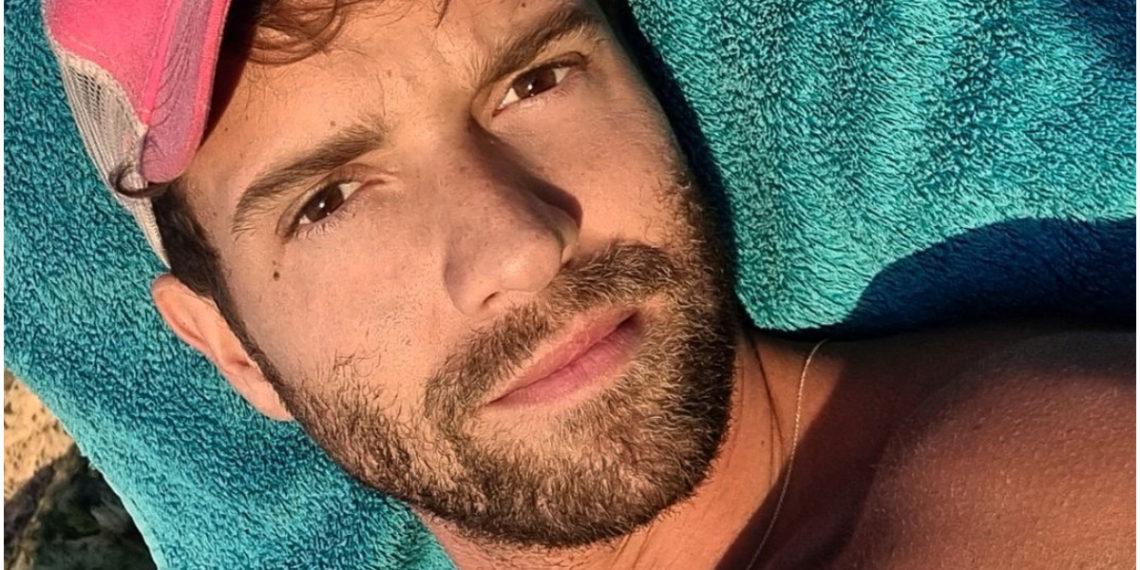 Pablo Alborán confunde la crema hidratante con pasta de dientes