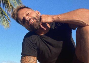 ¿Lo tomarías? Ricky Martin revela que su jugo favorito de las mañanas lleva ajo y cebolla