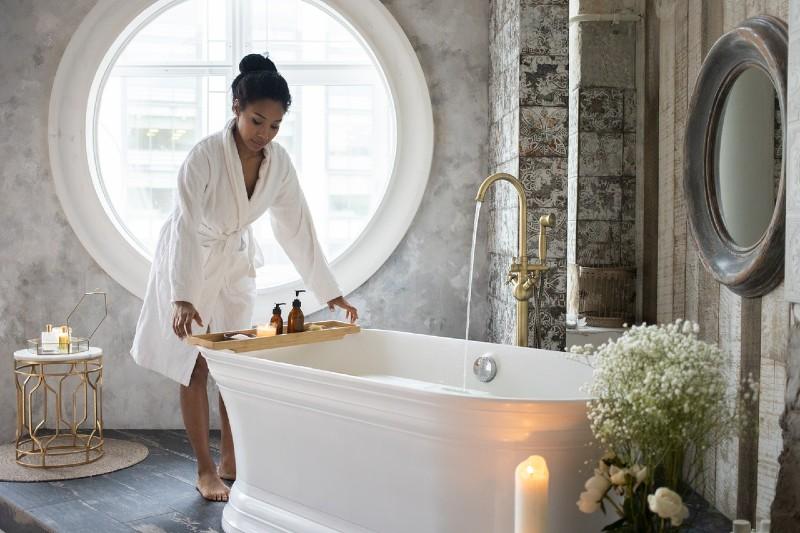 Ritual de cuidado propio con tecitos sencillos para hacer en casa y relajarte antes de dormir