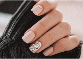 Uñas con piedras: el detalle con el que puedes llevar tu manicura a otro nivel