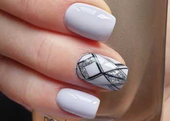Las uñas con papel aluminio son la tendencia que no sabías que necesitabas