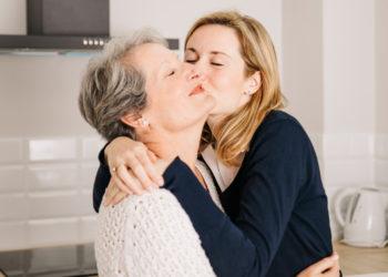 Claves para tener una conexión inquebrantable, sana y feliz entre madre e hija