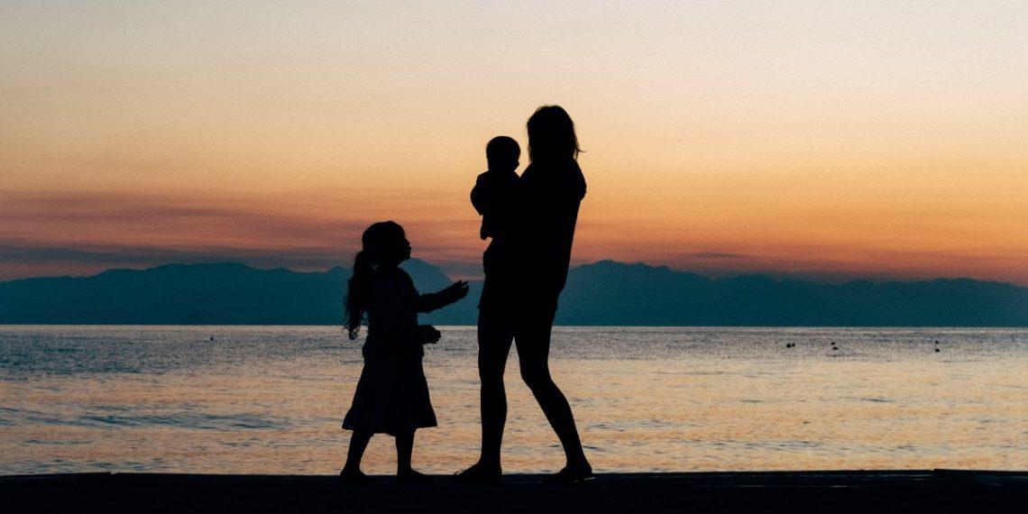 Mujer cuenta cómo adoptó a una bebé y tuvo que devolverla porque los padres biológicos se arrepintieron