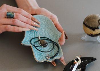 Amuletos que puedes usar para protegerte y llamar la buena fortuna