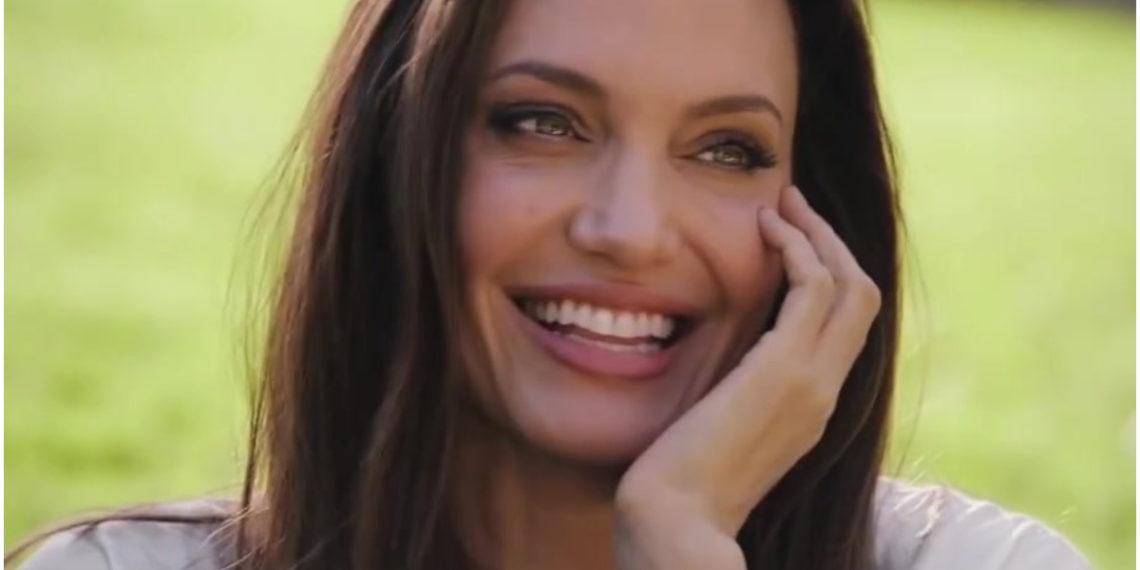 Lecciones de crianza que Angelina Jolie le enseña a su hija Zahara para que sea una líder