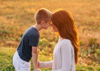 """""""Las mamás necesitamos tiempo libre"""": la cruzada de las madres en Instagram por el cuidado propio"""
