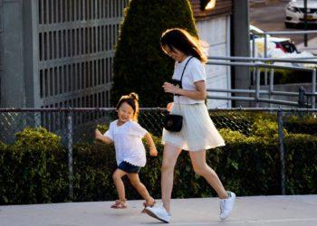 Mami y yo: la adorable tendencia de vestirte coordinada con tu hijo