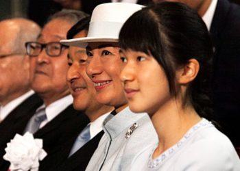 Le quitaron el trono y se lo dieron a su tío: a la princesa Aiko no le permiten ser emperatriz por ser mujer
