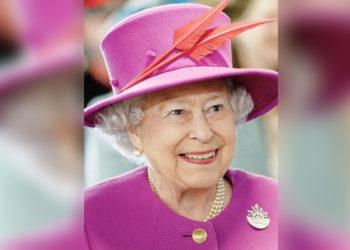 Reina Isabel rechaza el premio a la 'Anciana del Año'